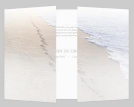Voetstappenspoor strand