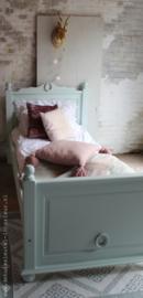 Zachtgroen bed