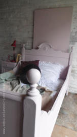 Antiek brocante bed