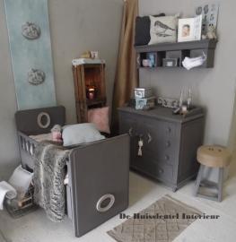 Babykamer donker grijs ( Verkocht )