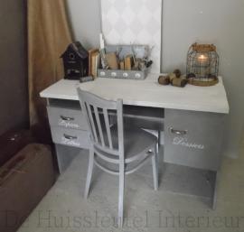Bureau ( verkocht )
