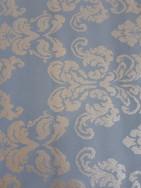 12. Blauw ornament met glitter behang