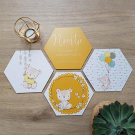 Houten Geboortehexagons 'Teddybeertjes', set van 4 stuks
