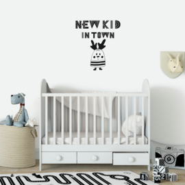 Muursticker 'New Kid in town'