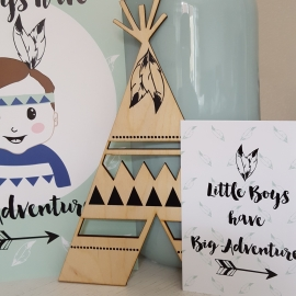 Postkaart / Interieurkaart 'Little boys have big adventures'