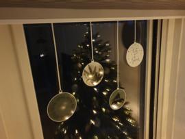 Statische raamsticker 'Kerstballen- Let it Snow'- HERBRUIKBAAR