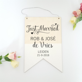 Houten banner / tekstbord 'Just Married'