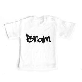 T-shirt Eigen naam graffity