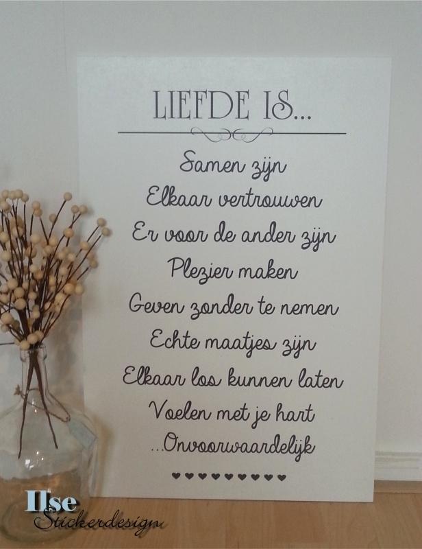 Tekststicker Liefde is...-small