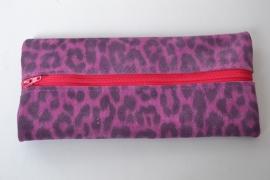 Leren pennenetui roze panterprint