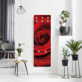 Design Kapstok Rode roos met waterdruppels
