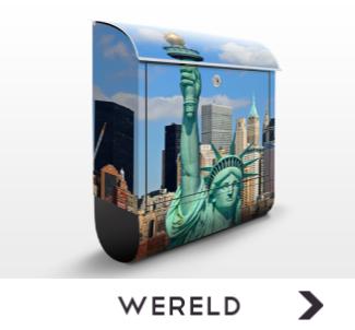 Brievenbus met foto's van over de hele wereld