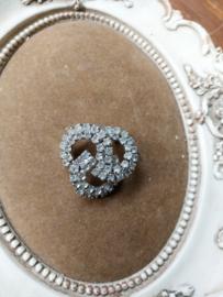 Prachtige broche met stras steentjes