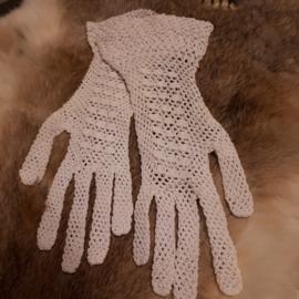 Oude gehaakte dameshandschoenen