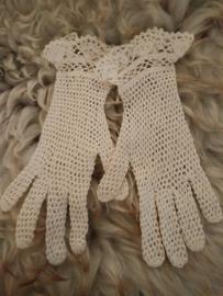 Oude gehaakte handschoentjes