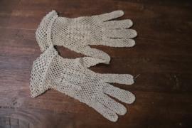 Beige gehaakte handschoenen