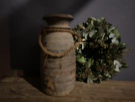 Oude houten Nepalese kruik nr. 53