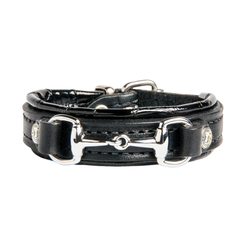 Noble outfitters on the bit armband (black)