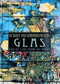 De kunst van gebrandschilderd glas - Elizabeth Wylie