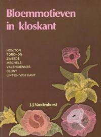 Bloemmotieven in kloskant - J.J. Vanderhorst