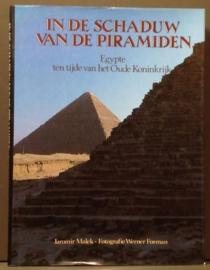 In de schaduw van de piramiden - Jaromir Malek