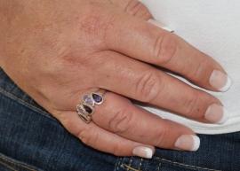 Zilveren ring met 5 paarse en lila druppels zirkonia