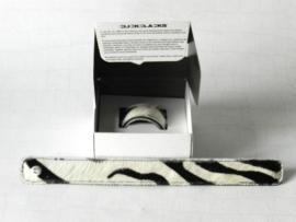 Clickclacks fake fur snake zebra smal