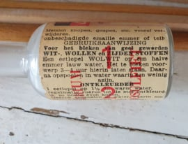 uit ca. 1950: SUPER WOLWIT, Drie in een. Drogisterij A.T. Wierenga, Roodeschool