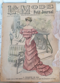 Antieke LA MODE uit 1904. GROOT formaat. Prachtige voorplaat