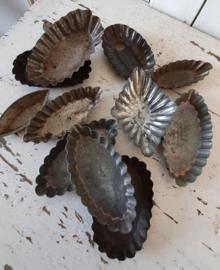 Oude Chocoladevormen- en mallen. Bakvormen
