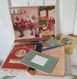 Oud/antiek Speelgoed & Schoolspullen