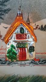 Antieke kerstbal: Vrij groot huisje aan oud hangertje