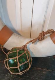 MARITIEM BROCANTE: Oude glazen drijver in net van touw