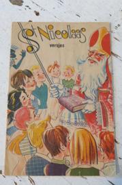 Oud Sinterklaasboekje met versjes en plaatjes