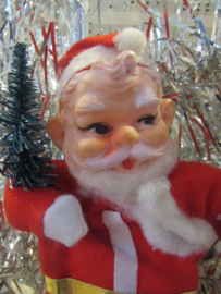Oude kerstman van Vilt met baard van watten
