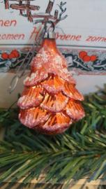 Oude/antieke kerstbal: Dennenboom - kerstboom in rood/besuikerd. Aan oude hanger