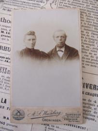 Echtpaar ... CDV - Carte de Visite. ca. 1900. Weinberg, Groningen