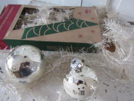 Zeldzaam! Oude Tinsel - lametta kerstslinger in WIT! in doos. ruim 10 mtr.