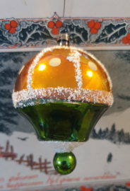 Antieke kerstbal: Lampion - luchtballon in oud goud/groen. besuikerd. 8,5 cm. hoog