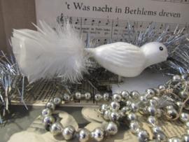 Nostalgische kerstbal: Witte vogel op clip