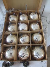 Doos met 12 stuks Oude/antieke kerstballen in originele doos met deksel. - D