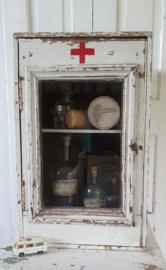 SUPERSLEETS oud Medicijnkastje met glazen deurtje