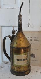Antiek Vat cq kan voor WASBENZINE uit de oude Apotheek, met ingenieus doseersysteem ...
