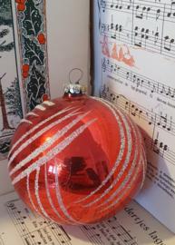 Kerstballen met bijzondere decoratie