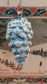 Oude/antieke kerstbal: Dennenappel in Turquoise. Besuikerd. Czechoslovakia