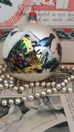 Oude/antieke kerstbal met prachtige deco vogelhuisje/vogel