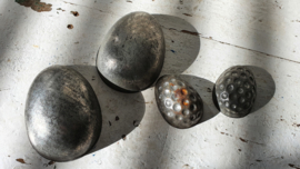 Set van 2 dubbele oude chocolademallen - R