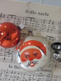 Bijzondere oude kerstbal met KERSTMAN. Czechoslovakia. + gratis bal