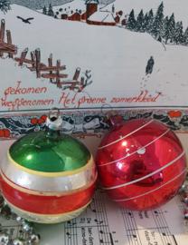 oude kerstballen: set van 2 klassiekers uit oma's boom.