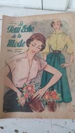 tijdschrift Le Petit ECHO de la MODE: 13 Juli 1952